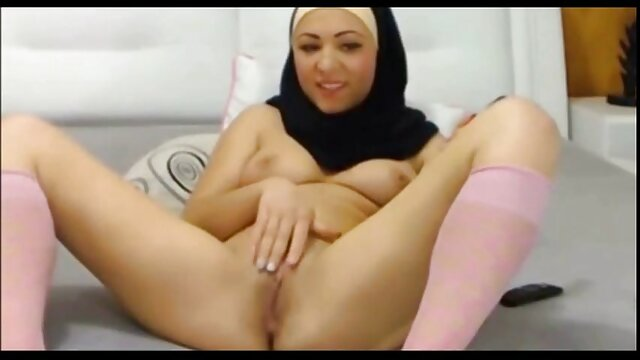 Young Japanese slut gets blanche neige et les sept nains porn fucked hard on the train